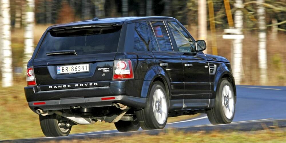 KRAFTIG KLUMP: Det er ingen fare for å forveksle Range Rover Sport med en annen bil.