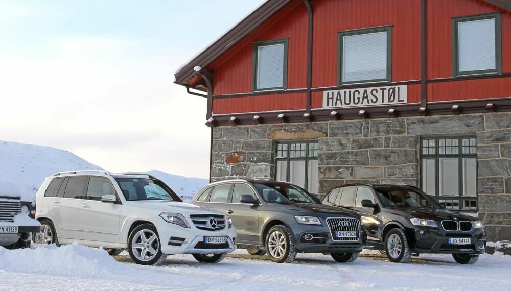 SUV-TEST: Tre SUV-er som skapt for den norske fjellheimen. På hva som defineres som vei, vel og merke. Motorisert ferdsel i utmark er i utgangspunktet forbudt. Vi har testet Mercedes GLK 220 CDI, Audi Q5 2,0 TDI S og BMW X3 2,0d Automat. FOTO: Petter Handeland