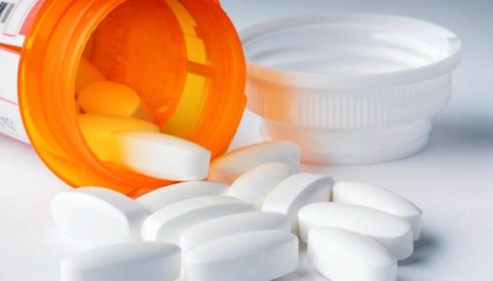 DAGEN DERPÅ: De fleste smertestillende tabletter bør unngås etter en kveld med høyt alkoholinntak.