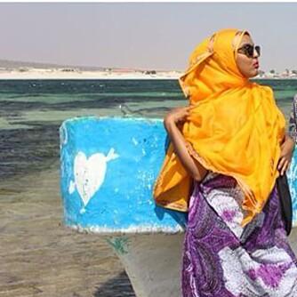 Det er ikke til å stikke under en stol at Somalia fortsatt kan være urolig, men Ugaaso ønsker å vise fram at hjemlandet er så mye mer enn krig og terror. Foto: Instagram