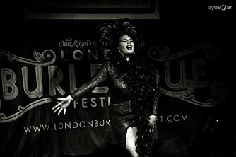ETTERTRAKTET: Marea deltar på burleskfestivaler og -show i Norge, Europa og USA.