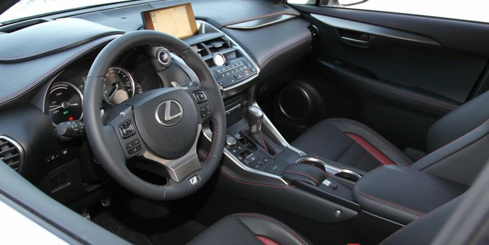 FØLES SOLID: Den opplevde kvaliteten er god og sittekomforten utmerket. Mange knapper i førermiljøet krever litt tilvenning.