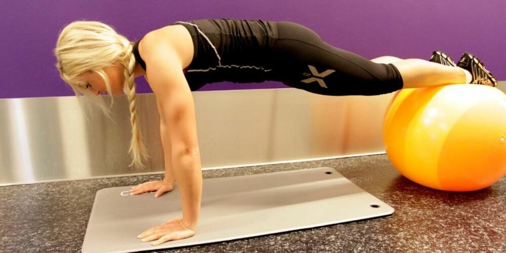 NOE FOR ENHVER: Er du en yoga-person eller en svømmer? Treningskalkulatoren kan gi deg svaret. FOTO: Jenny Mina Rødahl