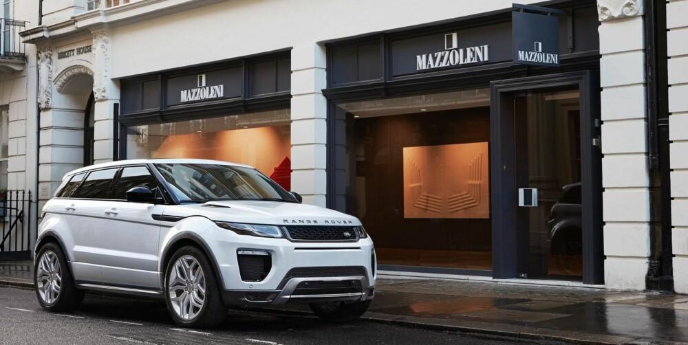 STILIKON: Med mange små visuelle endringer løfter Land Rover Evoque til nye høyder. Evoque er og blir et stilikon blant kompakt-SUV-ene.