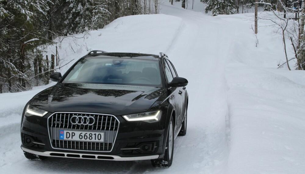 ALLSIDIG: Audi A6 trives både på hytteveier og i autobahnfart. Luftfjæringen gjør at bakkeklaringen kan endres. FOTO: Øyvind Jakobsen