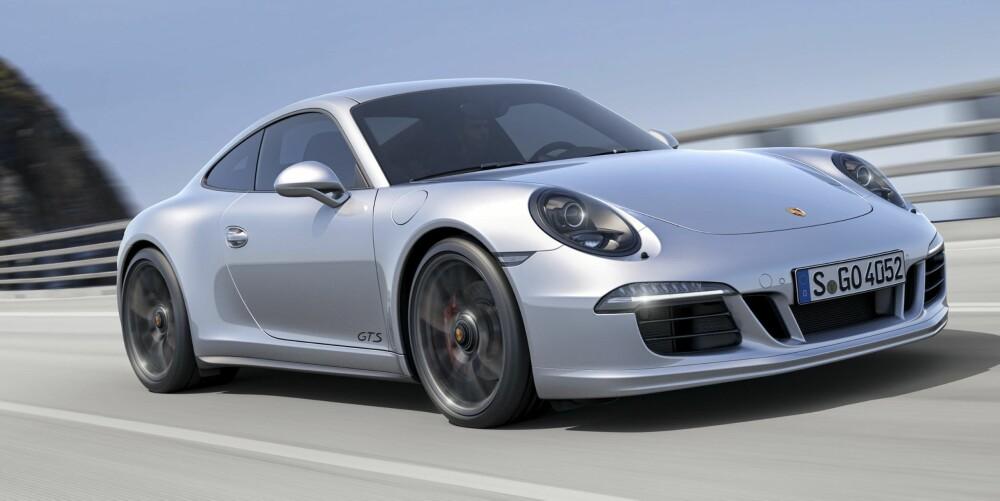 FIREHJULSDRIFT: Carrera GTS kan fås med firehjulsdrift. FOTO: Porsche
