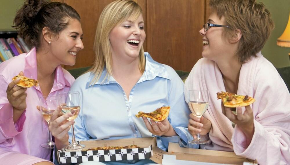 JUNKFOODAVHENGIGHET: Forsøk som viser at laboratorierotter spiser seg avhengige på fet, søt og kaloririk mat, kan overføres til mennesker, mener forskere.