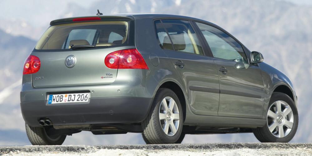 FIREHJULSDRIFT: Femte generasjons VW Golf finnes med firehjulstrekksystemet 4Motion.