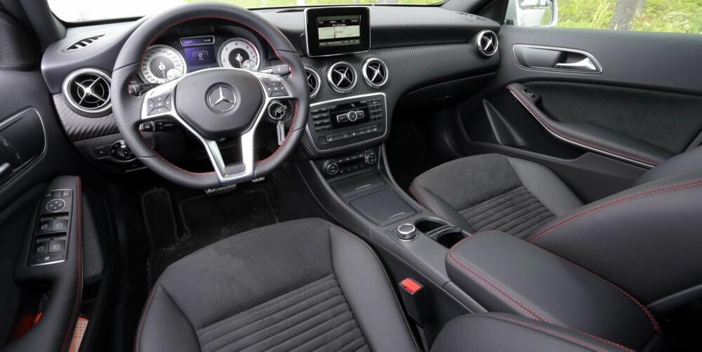 TETT PÅ: I Mercedes-Benz A-klasse er førerplassen noe du kler på deg.