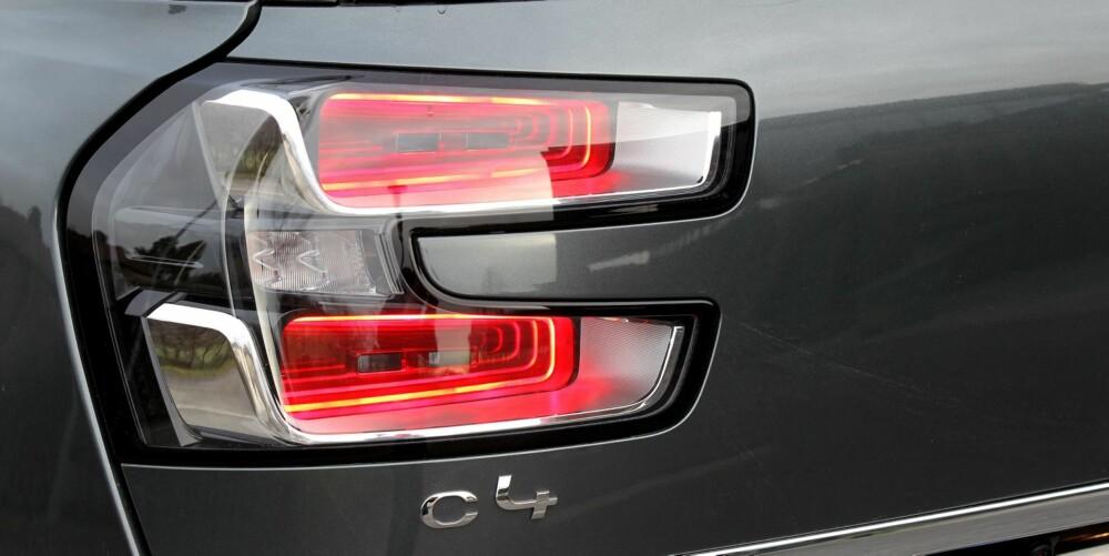 VÅGER IGJEN: Citroën var i mange år kjent som et merke som våget å gjøre ting litt annerledes. Med både DS-modellene og Picasso-bilene viser franskmennene nå friskere takter igjen. FOTO: Petter Handeland