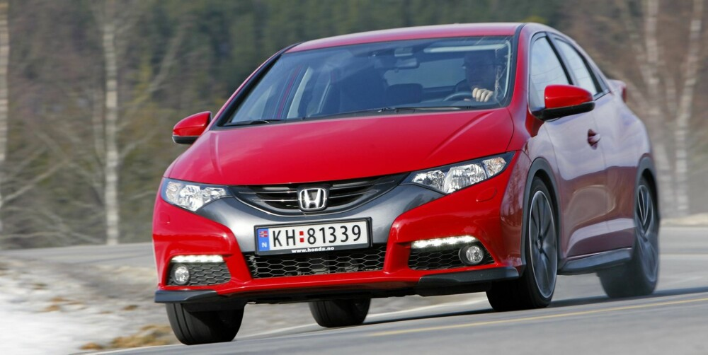 ARVEN: Hovedformene til Honda Civic er veldig lik forgjengerens. Vi synes bilen ser passe annerledes ut. FOTO: Petter Handeland