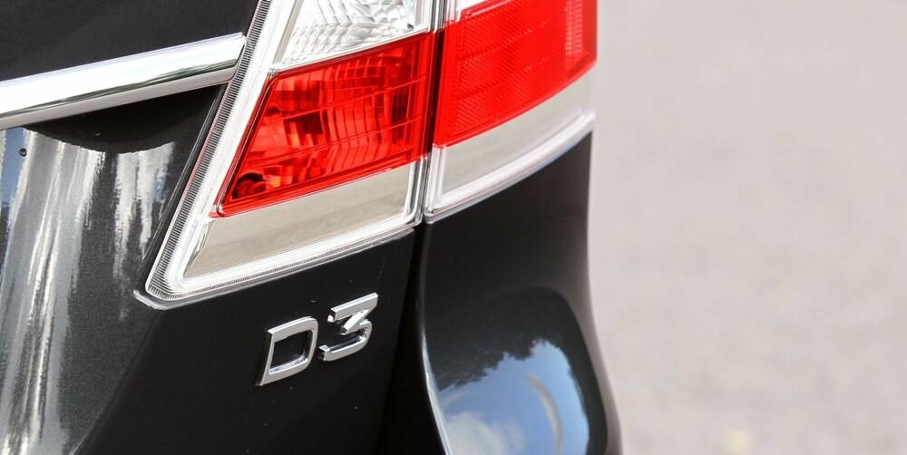 VENT LITT: Snart er Volvos nye motorer på plass i V70, og det er verdt å vente på. Den nye dieselmotoren er en firesylindret tolitersdiesel som kommer i flere efffektversjoner.