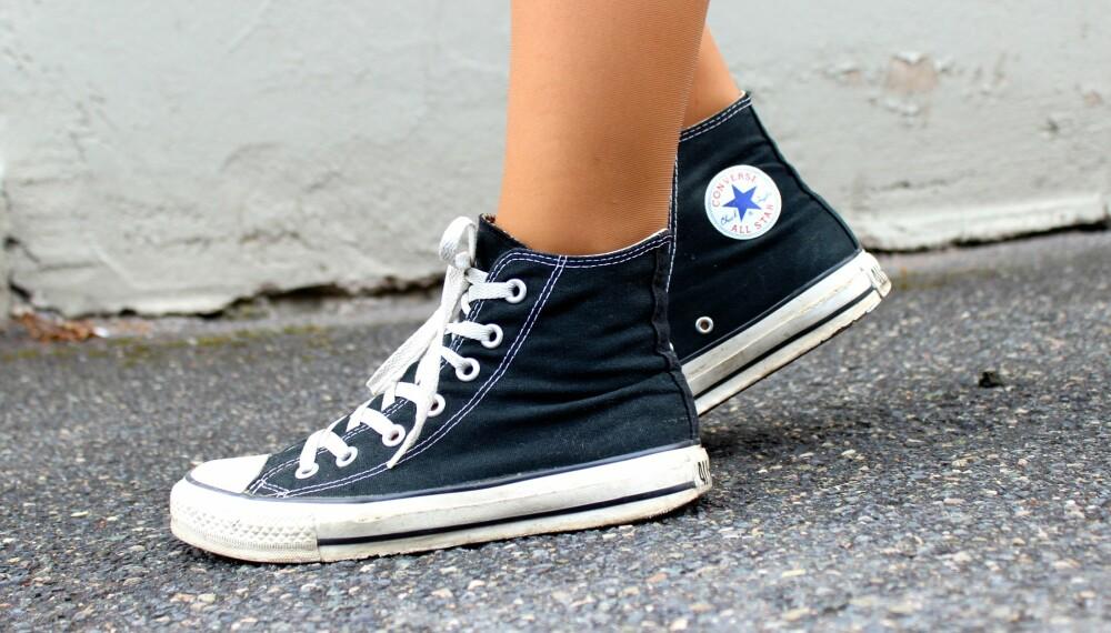 PLAGER: Sko uten riktig stabilitet kan føre til plager i hele kroppen.