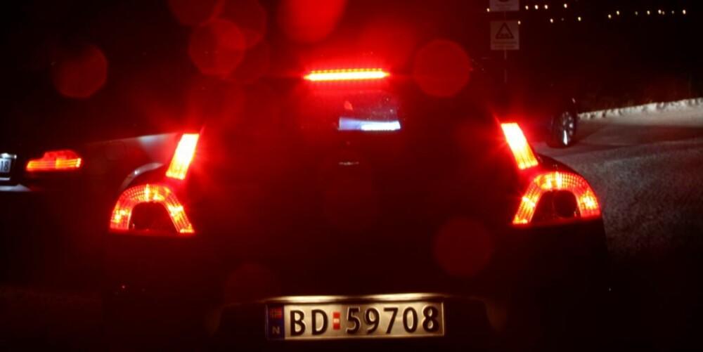 INGEN TVIL: Volvo C30 kjenner du igjen bakfra selv midt på natten.