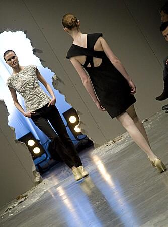GRAFISK: Iselin Engan sine kjoler er strammere i snittet og har mye grafiske elementer.