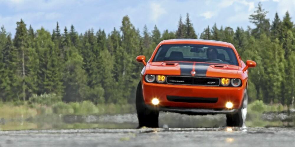 KRENGER: Man merker fort at bilen er mykt satt opp når man prøver seg på noen brå svinger.