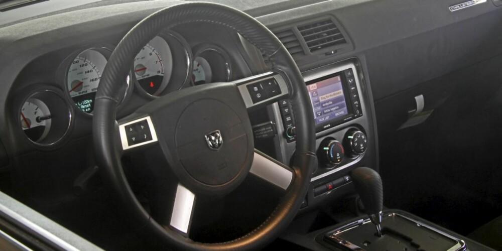 SMÅBILLIG: Som i de fleste amerikanske biler oser det ikke luksus av interiøret.