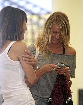 Cameron Diaz'  på shopping med Robin Antin, tidligere Pussycat Doll og søsteren til stylistguru Jonathan Antin.