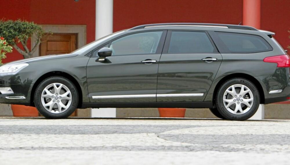 C5 TOURER: Det er linjer i denne bilen som vekker andre følelser enn når du ser naboens bil.