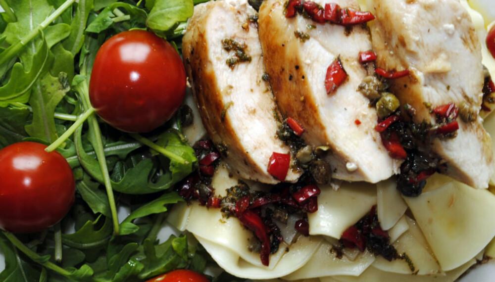 OPPSKRIFT MED KYLLING: Chili og lime gjør underverker for kyllingen.