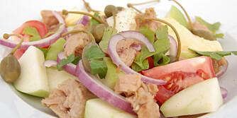 TUNFISKSALAT: Denne salaten er kjapp og enkel å lage.