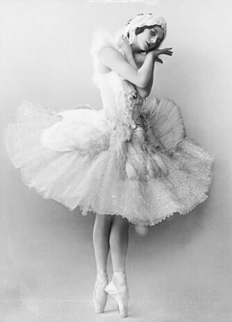 ANNA PAVLOVA: Kanskje var det danserens luftige tyllskjørt som gav kakebakeren inspirasjon til marengskaken?