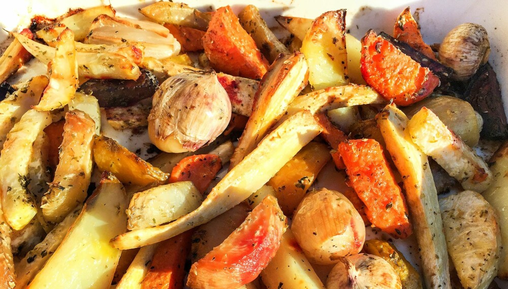 OVNSBAKTE ROTGRØNNSAKER: Rotgrønnsaker liker seg veldig godt sammen.