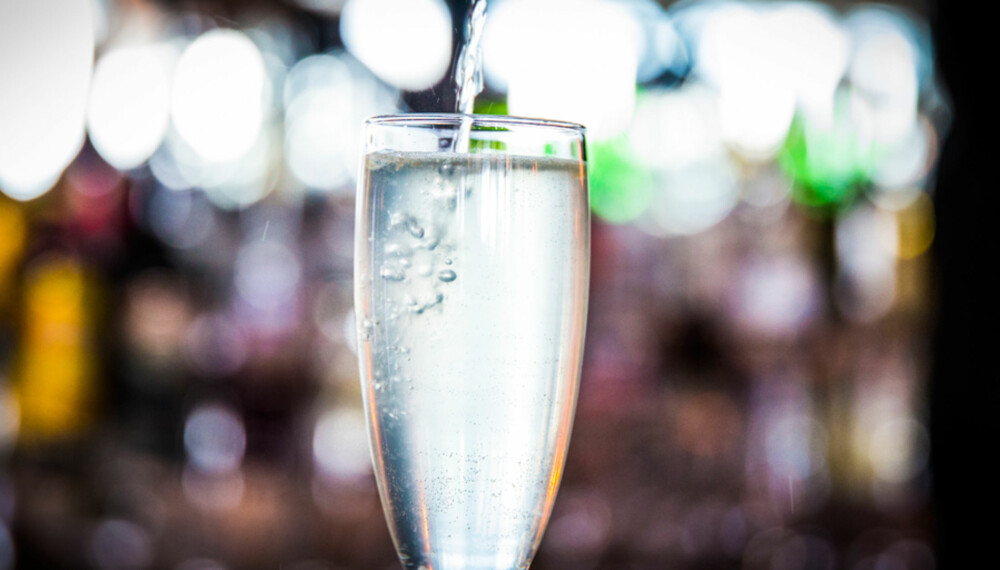 OPPSKRIFT PÅ FRENCH 75: Drinken gir deg et realt løft.