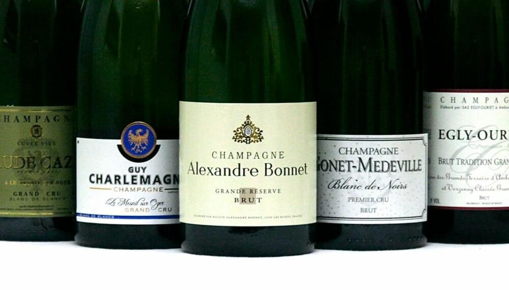 GODE CHAMPAGNER: Fem gode champagner i forskjellige prisklasser og stilarter.