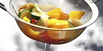 Trikset er å forkoke grønnsakene ørlite grann før grillingen.