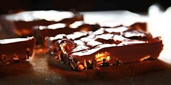 OPPSKRIFT PÅ SJOKOLADE: Slik lager du din egen supersjokolade.