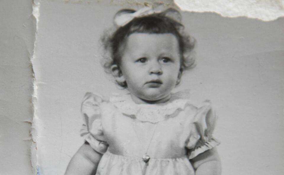MYE UVISSHET: Ingen papirer kan fortelle Rannveig om dne dagen hun ble født. Hun vet ikke hvor lang hun var, hvor mye hun veide eller hva adoptivforeldrene tenkte da de møtte henne for første gang. FOTO: Privat.