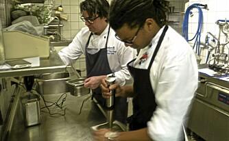 Testteam: Alexander Yan og Peter Hägg, kokk og kjøkkensjef hos Radisson Blu Hotel i Nydalen, Oslo