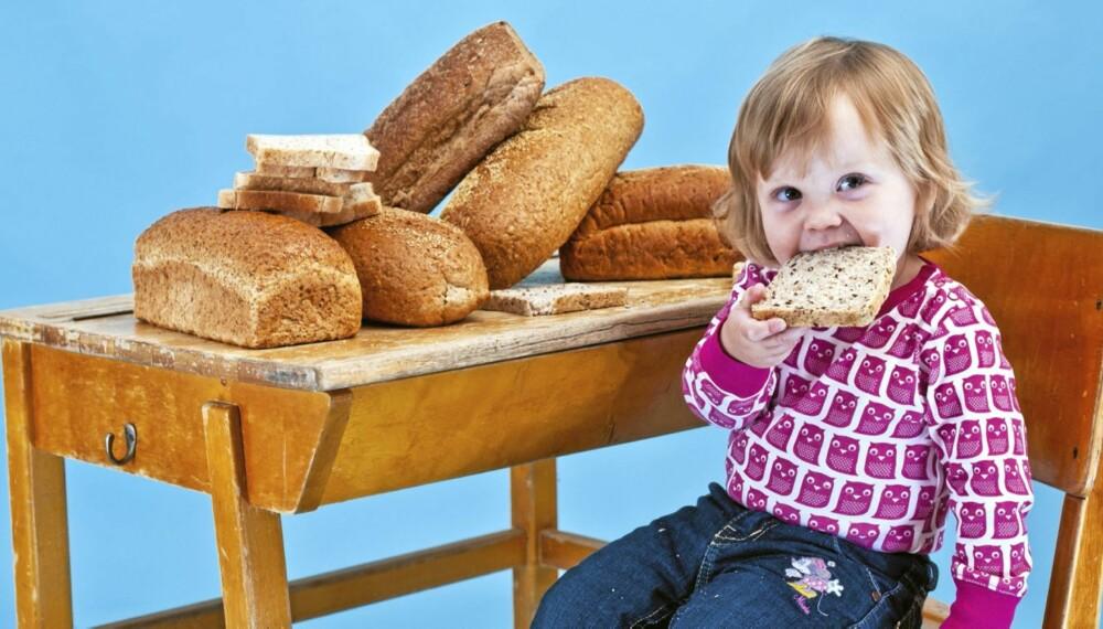 BARNEVENNLIG: Det finnes mange brød på markedet som retter seg særlig mot barn. Da blir det opp til foreldrene å se forbi Petter Northug, The Simpsons og VIF, og heller vurdere innholdet i skorper og smuler.