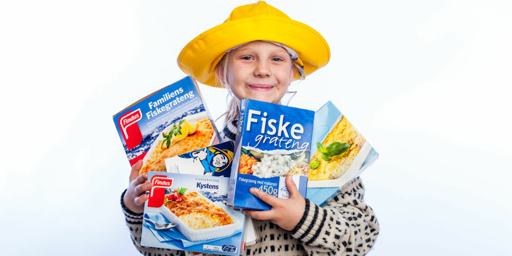 FISKELYKKE: Emma Christine Myrvold Øverland (7) har vært på fisketur!