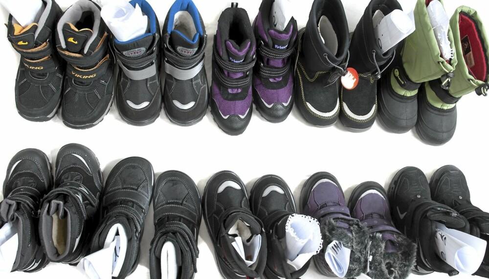 IKKE BARE BRA: Seks av disse ti støvlettene gir våte barneføtter i vinterkulden.
