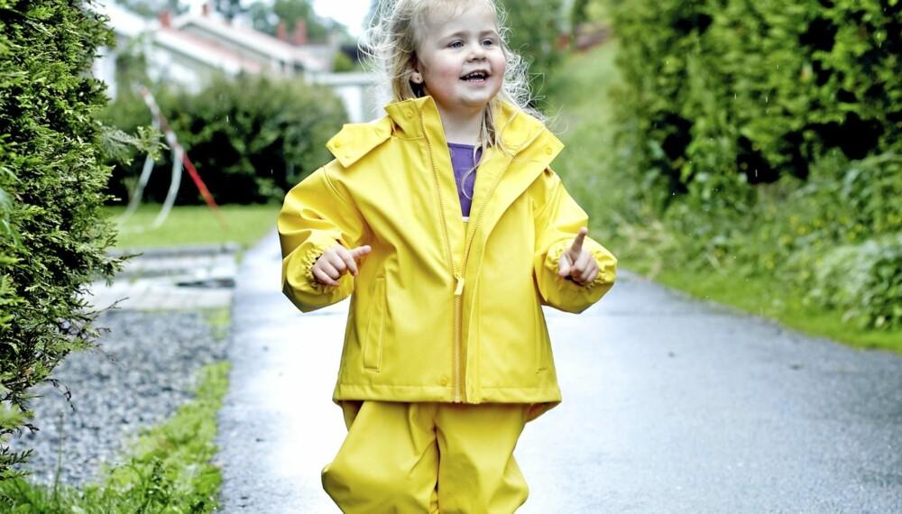 de8109cb STOR TEST: Testfakta har på oppdrag fra Foreldre & Barn testet 13  regndresser for vanntetthet