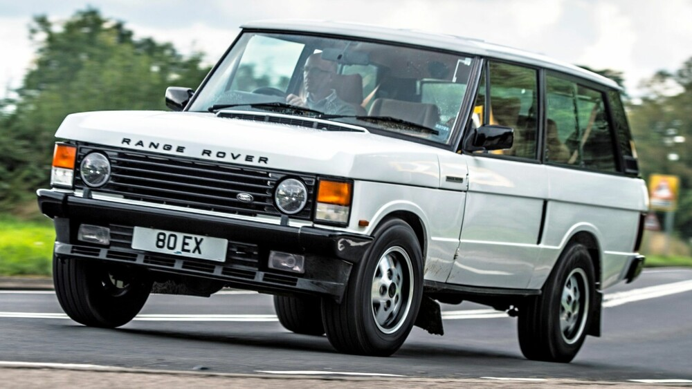 RESTEMOD: Oppussingen av denne 1992-årgangen av Range Rover er et såkalt restomod-prosjekt. Det vil si at man ikke bare nøyer seg med å sette den i stand, men også gir den moderne komponenter fra dagens teknologi.