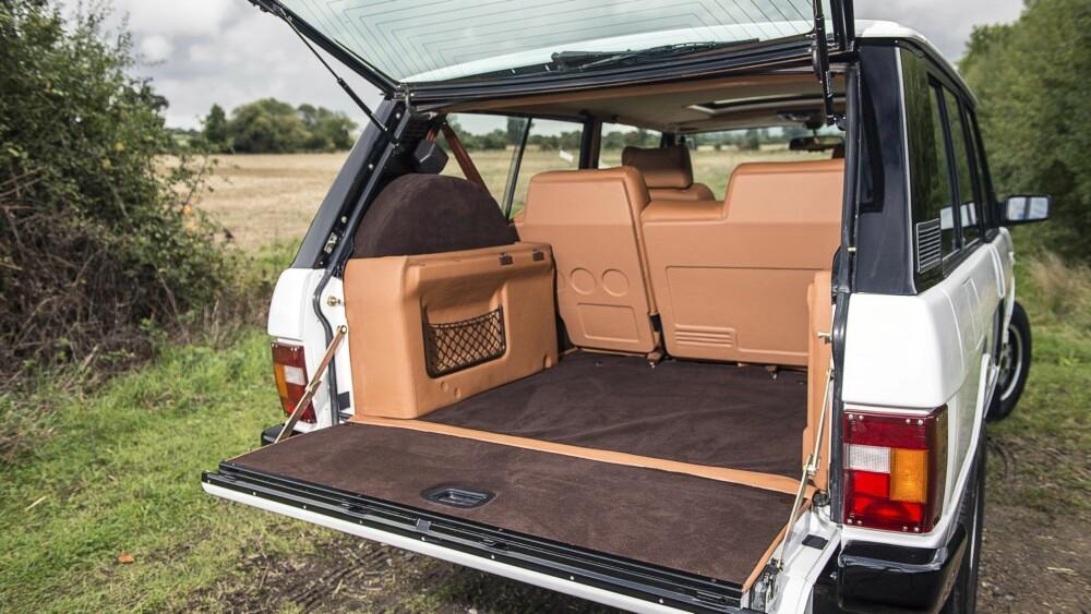 RESTAURERT: Det engelske «restaureringsselskapet» Kingsley har spesialisert seg på å fikse eldre utgaver av Range Rover.