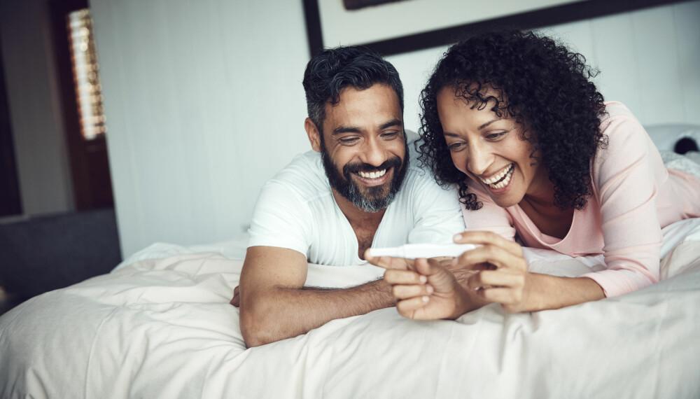 NÅR TA GRAVIDITETSTEST: Hvor tidlig kan man ta graviditetstesten? Ekspertene anbefaler å vente til tidligst den dagen du forventer menstruasjon.