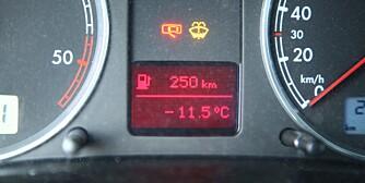 KALDSTART: Vi tar kald bil med kalde ruter rundt 0 grader, og fra rundt -10 til -15 grader. FOTO: Terje Haugen