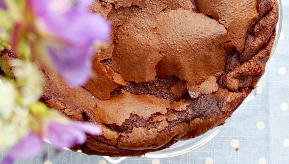 SJOKOLADEDRØM: Denne kaka er både saftig og sunn, og smaker helt himmelsk. Vi er hekta.