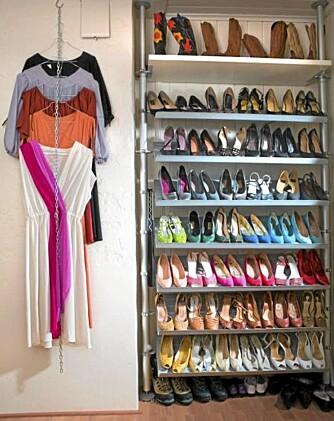 SE MIN KJOLE: Praktisk oppbevaring av sko og kjoler.