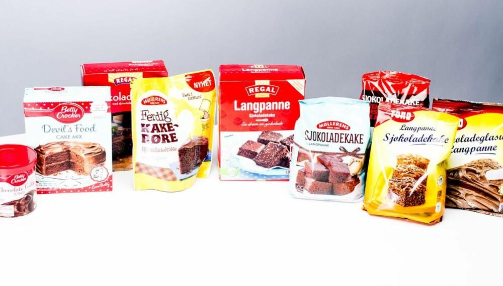 TEST AV KAKEMIKS: Vi har testet sju ulike typer kakemiks til sjokoladekake.