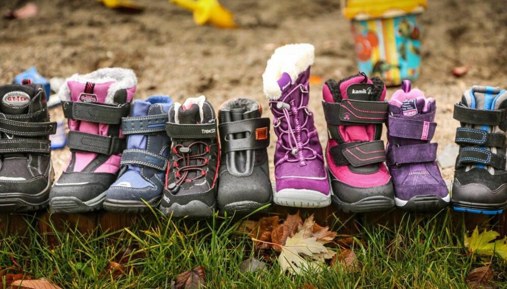 TØRRE OG VARME: Det er sånn vi vil ha vinterskoene, men de fleste av disse skoene er dårlige på å holde fuktighet ute.