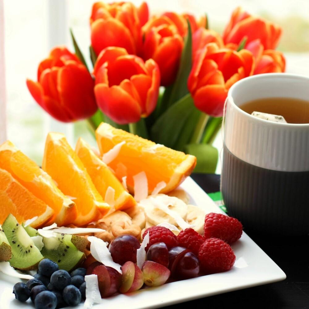 FRUKT OG BÆR: Supert som mellommåltid eller som snacks på kveldstid når søtsuget melder seg.
