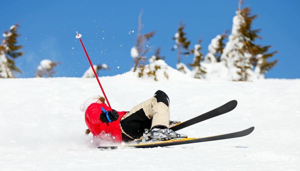 FALL OG KNALL I SKILØYPA: Med bedre teknikk kan du flyte ned bakker og gjennom svinger med god balanse og full kontroll.