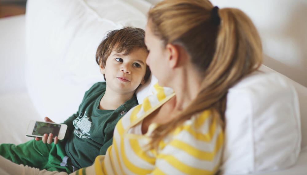 GRENSESETTING FOR BARN: Grensesetting og barneoppdragelse går som hånd i hanske. Sett klare grenser for barnet, og vær enige om grensesettingen dere foreldre imellom. FOTO: Getty Images.
