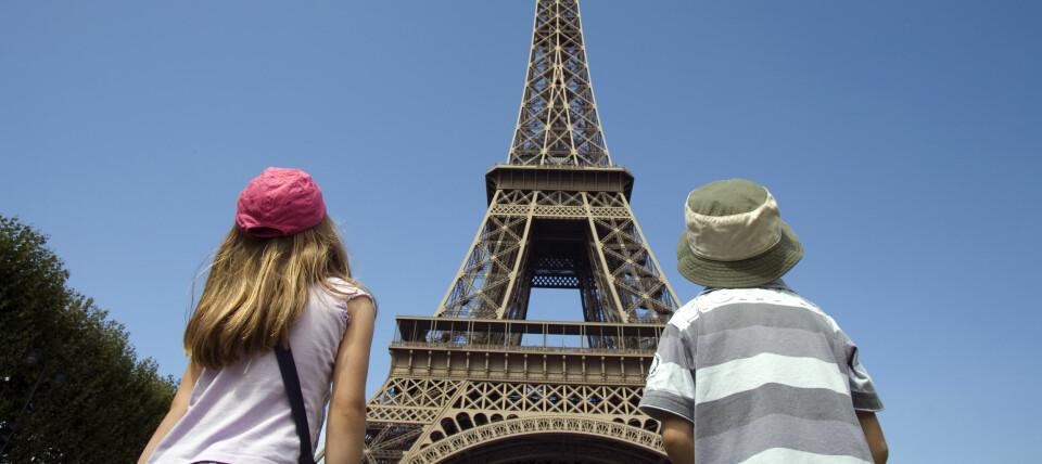 PARIS MED BARN: Reis til paris med barn, enten på ferie eller helgetur. Her får du tips til ting å gjøre i paris med barna! FOTO: Getty Images.