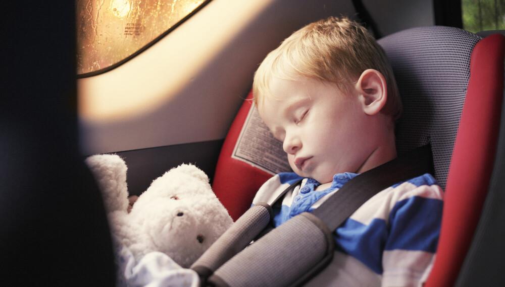 REISESYKE BARN: Her får du tipsene til hvordan unngå reisesyke barn, blant annet med reisesyketabletter. FOTO: Getty Images.